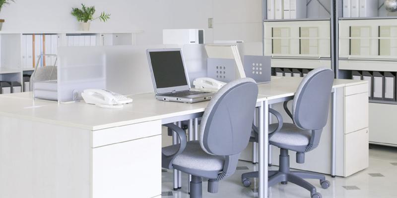事務機器やオフィス家具を出張買取するリサイクルショップ